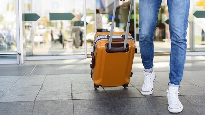 maleta-en-movimiento